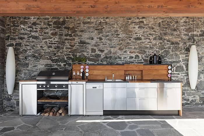 modern-kitchen-outdoor